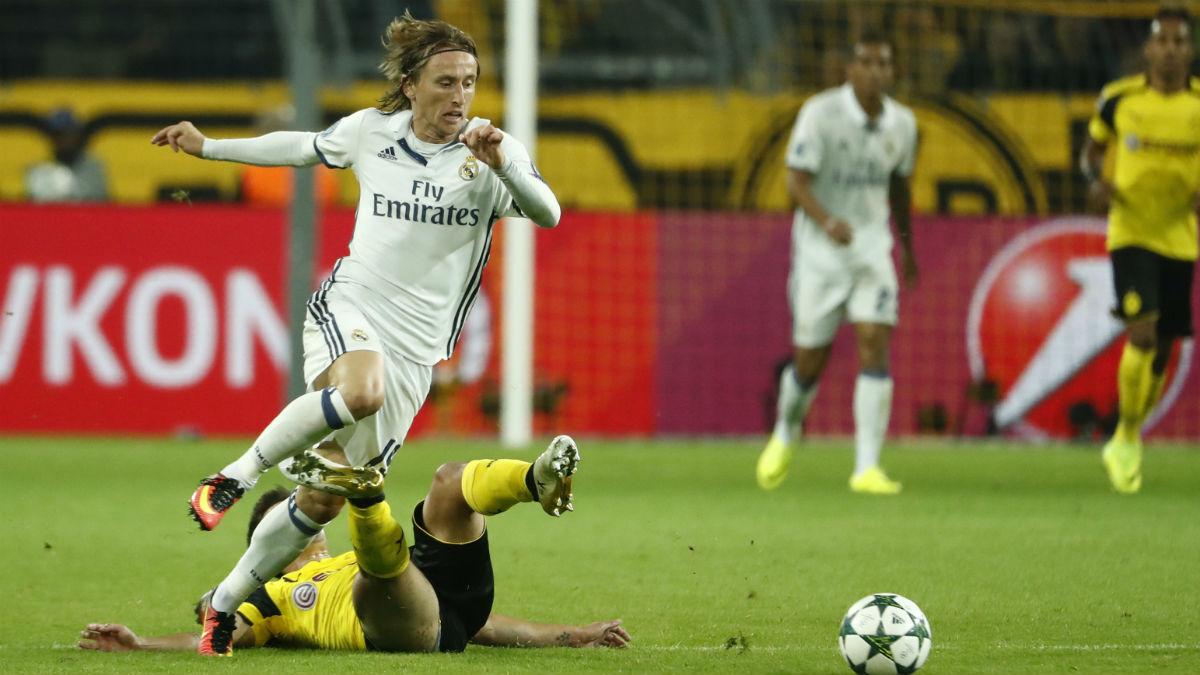 Luka Modric, en el partido contra el Dortmund. (AFP)