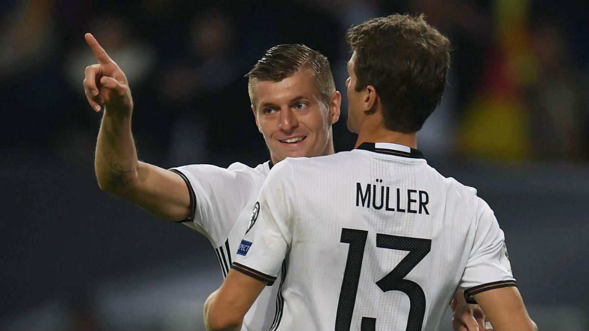 Kroos marcó con Alemania. (AFP)