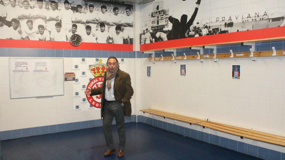 Felipe Llamazares, en el vestuario. (Foto: SportLeon.com/César F. Buitrón)