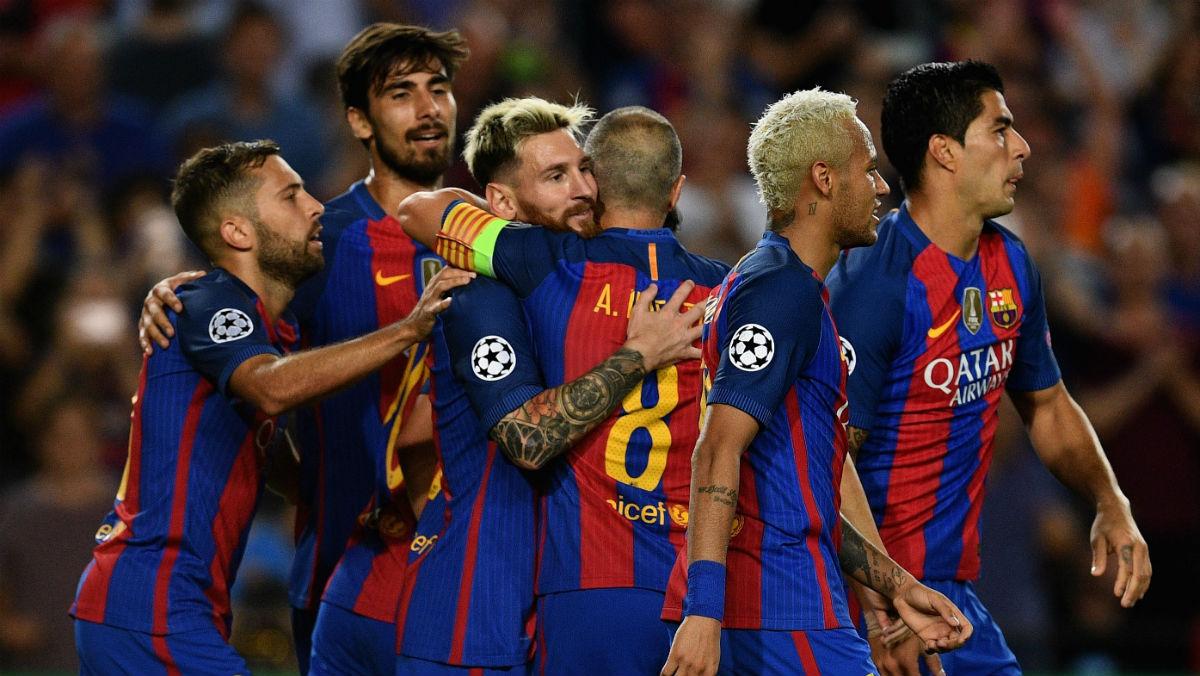 Los jugadores del Barcelona celebran un gol en la Champions. (Getty)