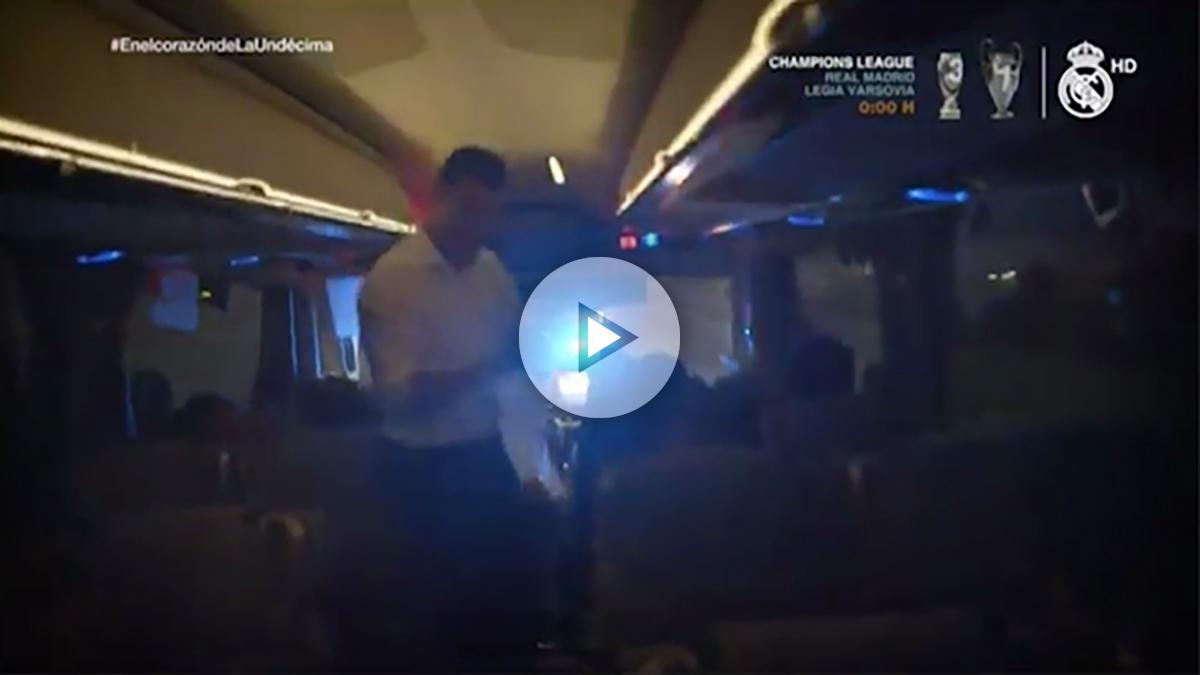 Cristiano baila en el autobús tras lograr la Undécima.