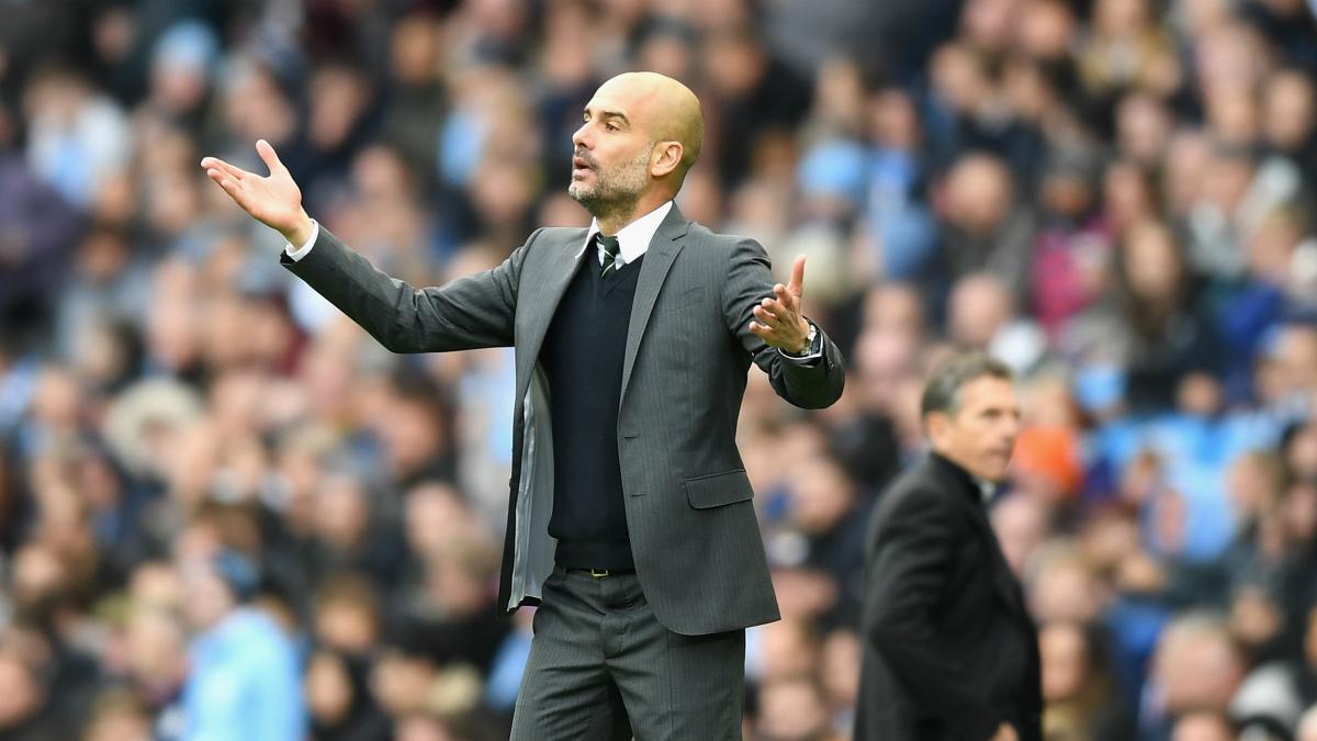 Guardiola protesta en el transcurso del Manchester City-Southampton. (Getty)