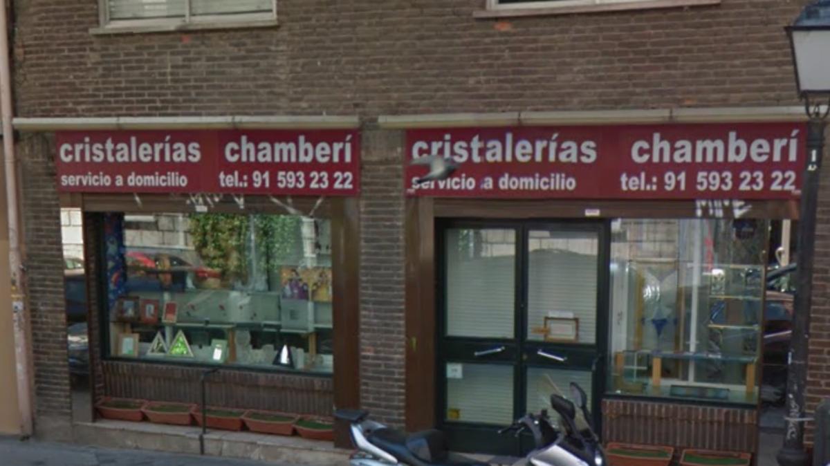 Fachada de Cristalerías Chamberí.