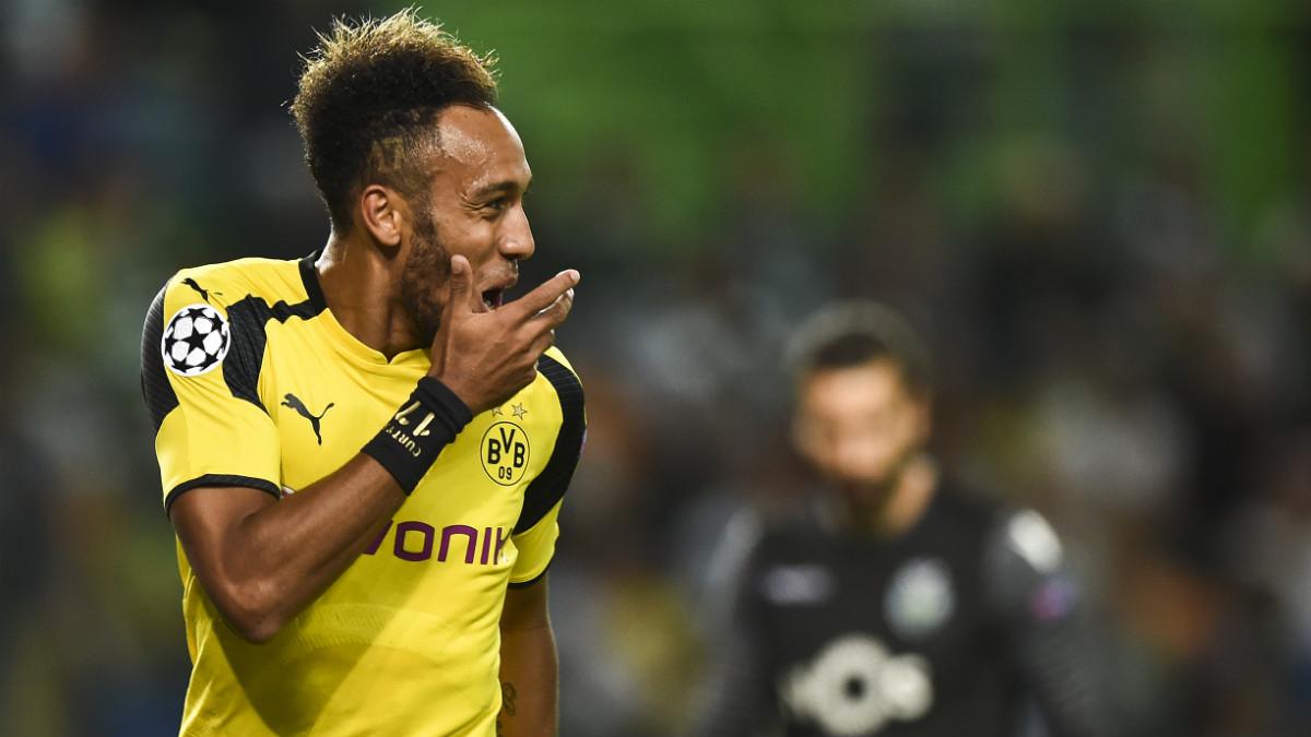 Aubameyang celebra un gol con el Borussia Dortmund. (AFP)