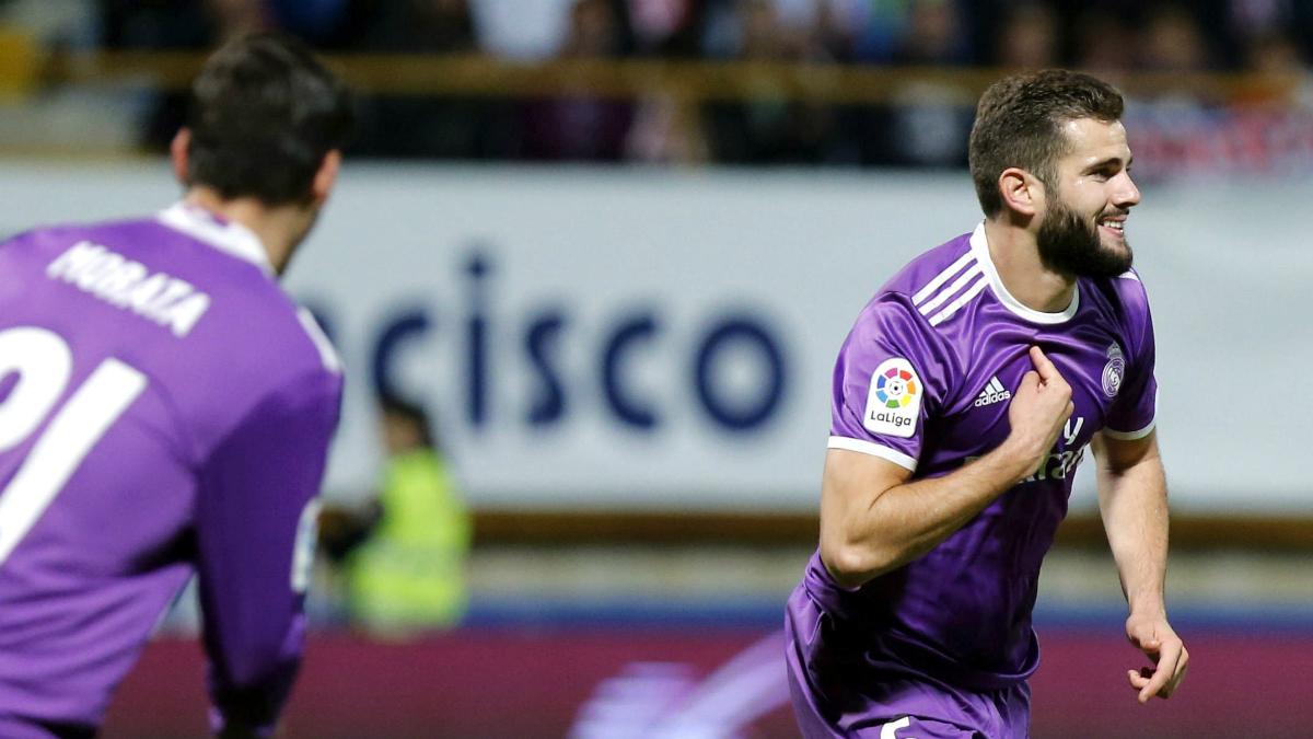 Nacho celebra su golazo frente a la Cultural. (EFE)
