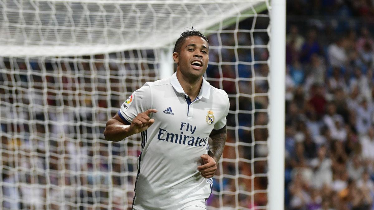 Mariano Díaz celebra un gol con el Real Madrid. (AFP)