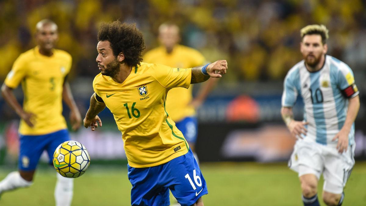 Marcelo durante el Brasil-Argentino. (Getty)