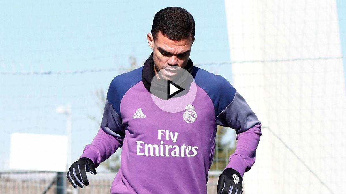 Pepe vuelve a pisar el césped. (Realmadrid.com)