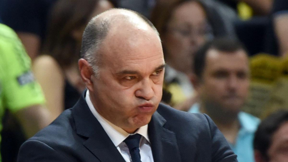 Pablo Laso, con rostro de enfado en un partido. (AFP)