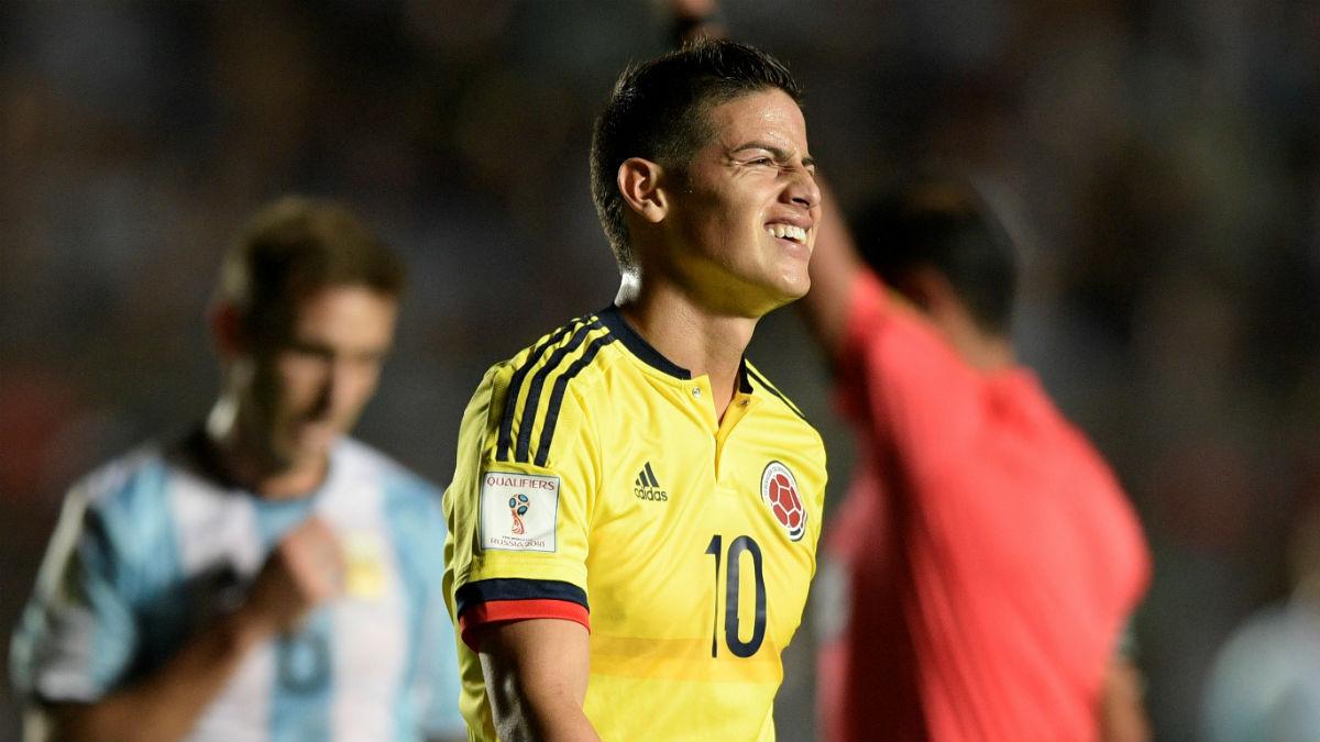 James Rodríguez, en el partido contra Argentina. (AFP)