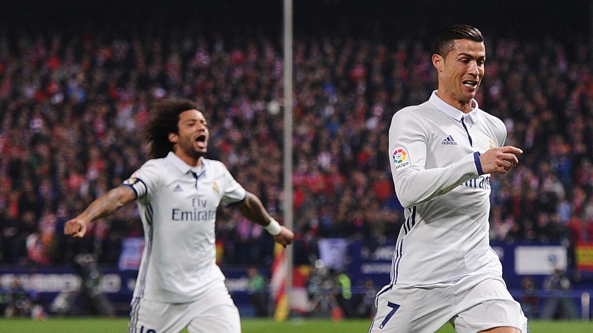 Cristiano Ronaldo y Marcelo, celebrando uno de los tantos ante el Atlético.