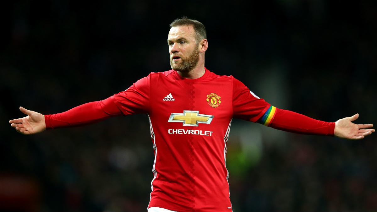 Rooney se lamenta de una ocasión en el empate del Manchester United. (Getty)