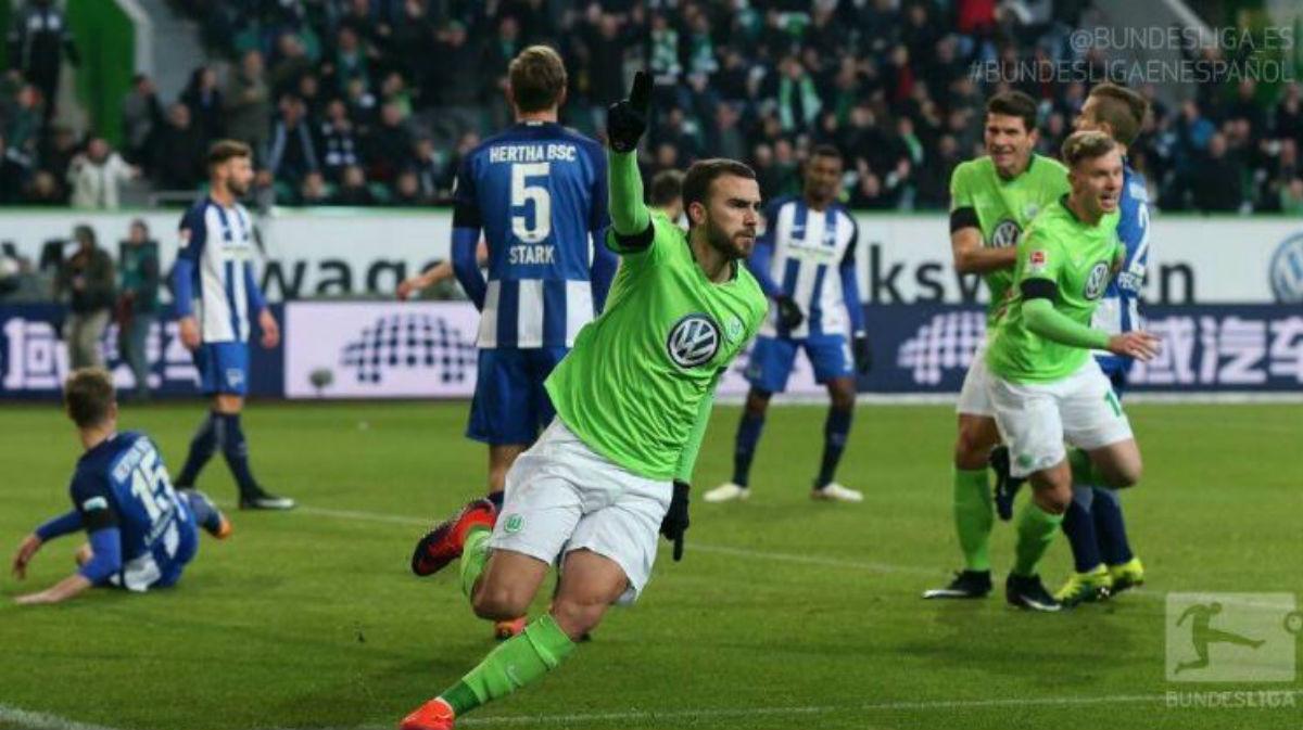 Borja Celebra su gol con el Wolfsburgo. (Bundesliga)