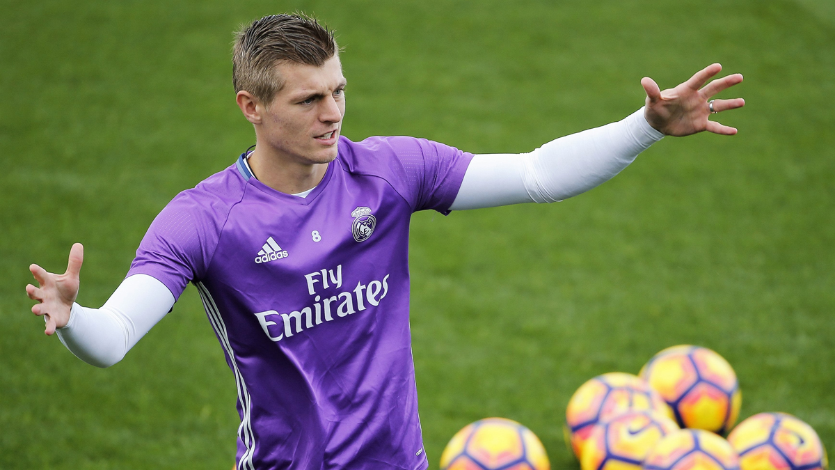 Kroos, en un entrenamiento del Real Madrid. (EFE)