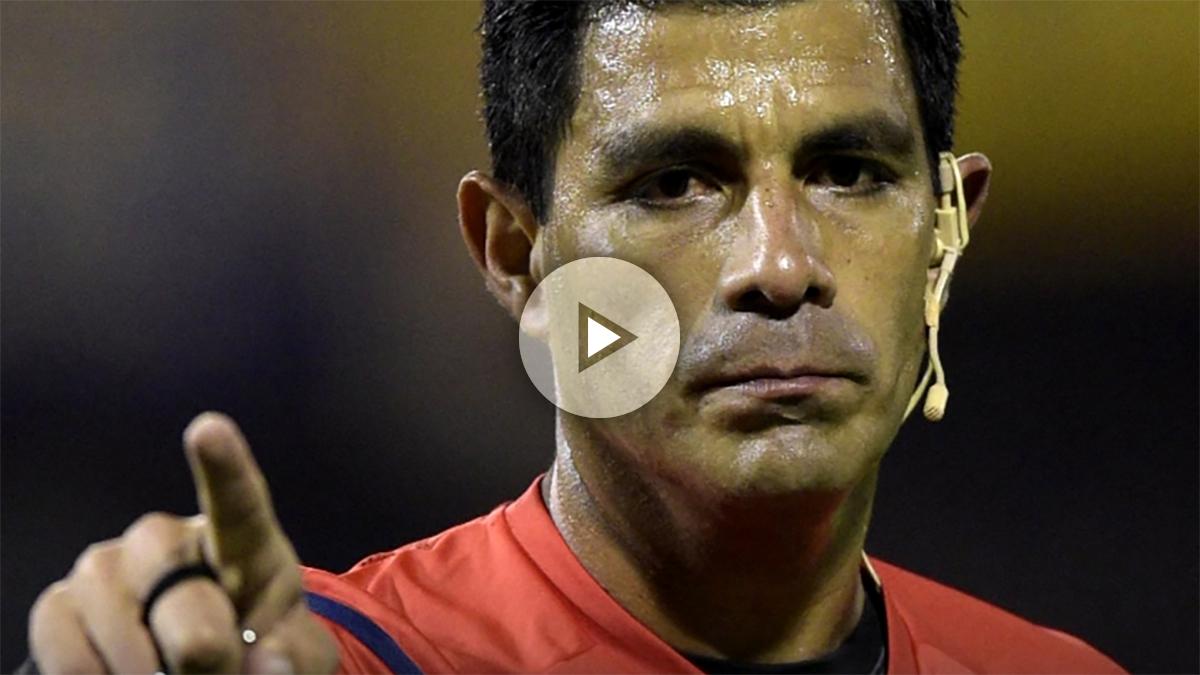 El paraguayo Enrique Cáceres dirigirá las semifinales del Mundial.