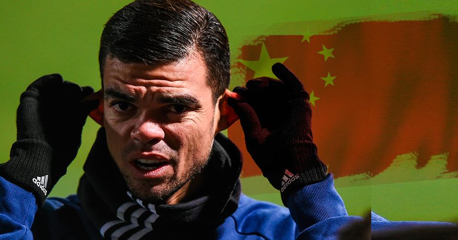Pepe le ha dicho al Real Madrid que tiene ofertas del fútbol chino.
