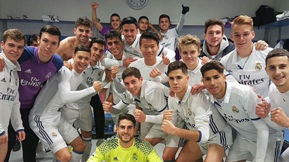 El Castilla celebra una victoria en el vestuario. (Instagram)