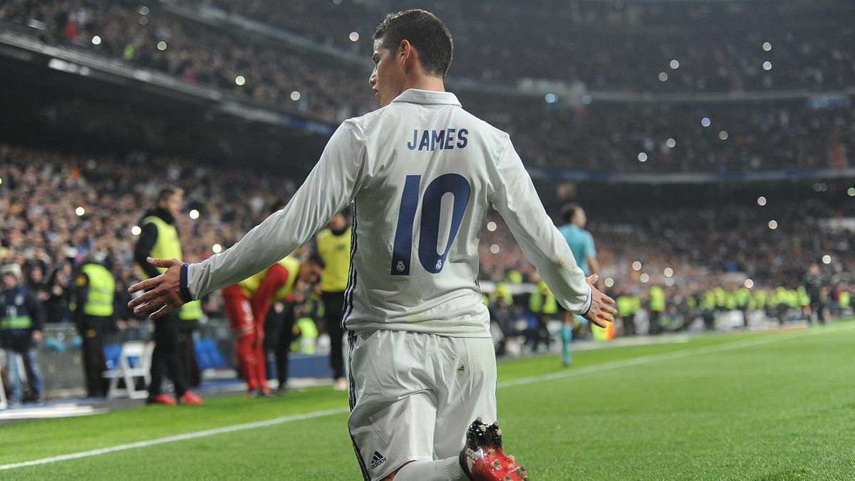 James Rodríguez, celebrando su segundo gol ante el Sevilla.