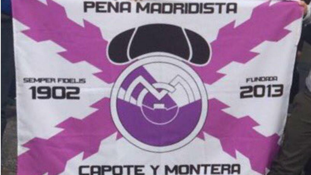 Una de las banderas que la seguridad del Sevilla no permiten lucir. (Twitter)