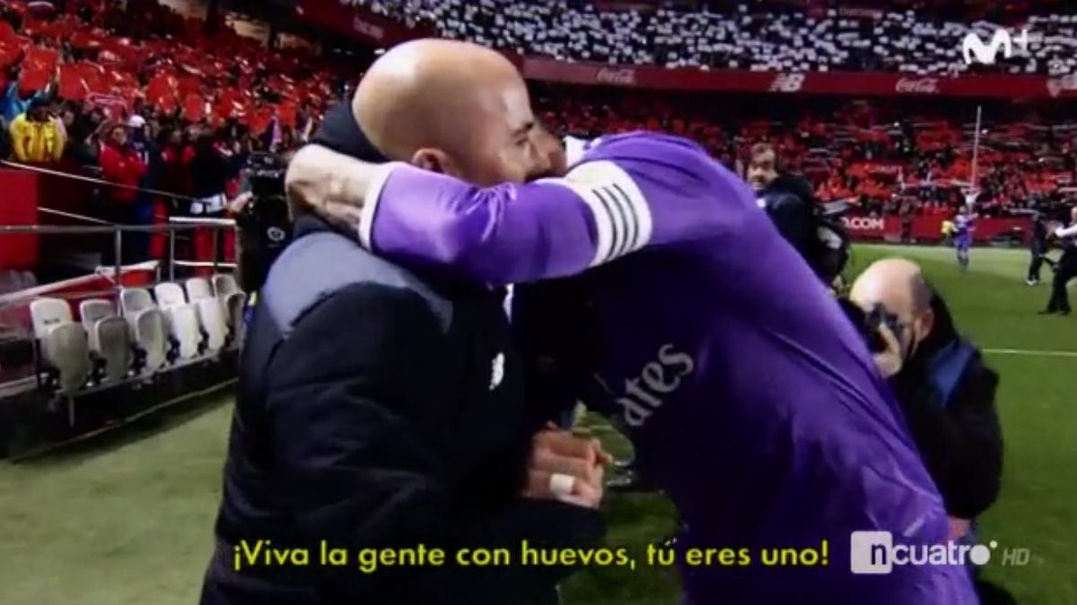 Sergio Ramos agradece a Sampaoli su gesto.