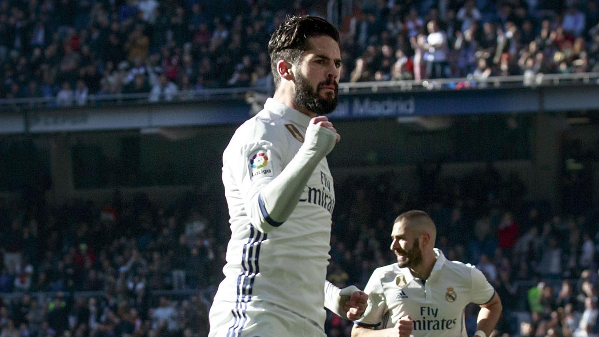 Isco, celebrando uno de los goles ante el Granada.