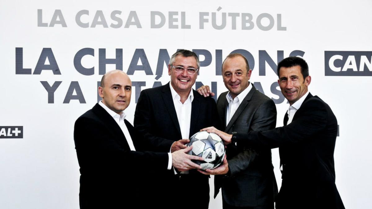 Maldini, Robinson y Carlos Martínez junto a Nacho Aranda.