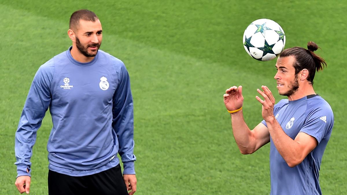 Bale, junto a Benzema en un entrenamiento del Real Madrid.