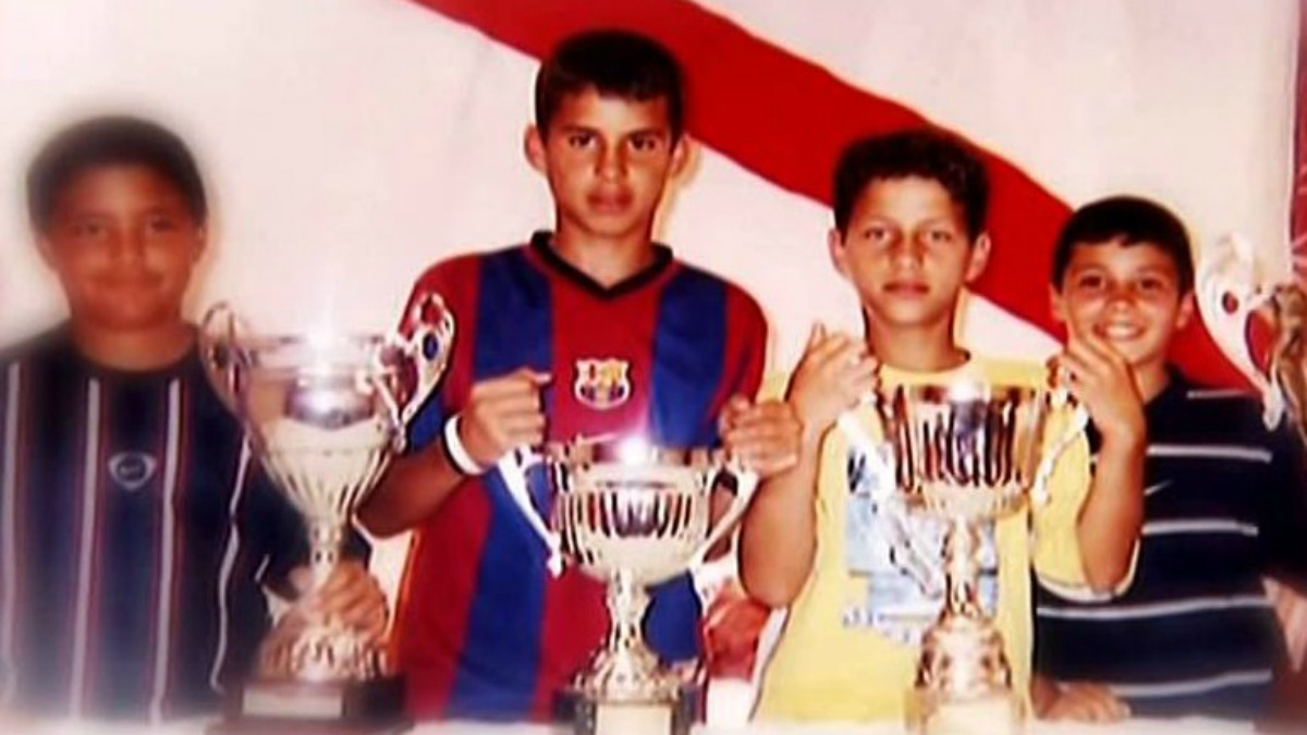 Jesé, de pequeño, con la camiseta del Barcelona. (Foto: Sport)