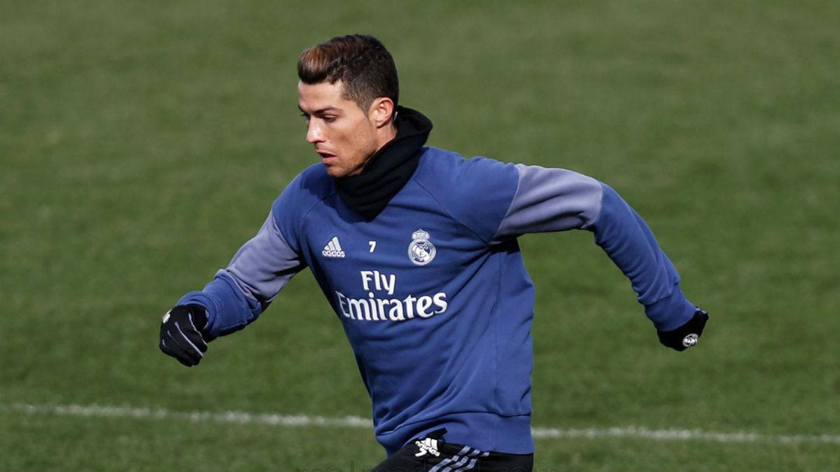 Cristiano Ronaldo durante el entrenamiento. (Realmadrid.com)