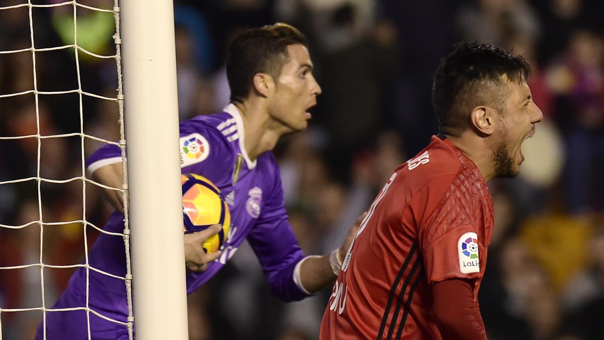 Cristiano, tras marcar ante el Valencia.