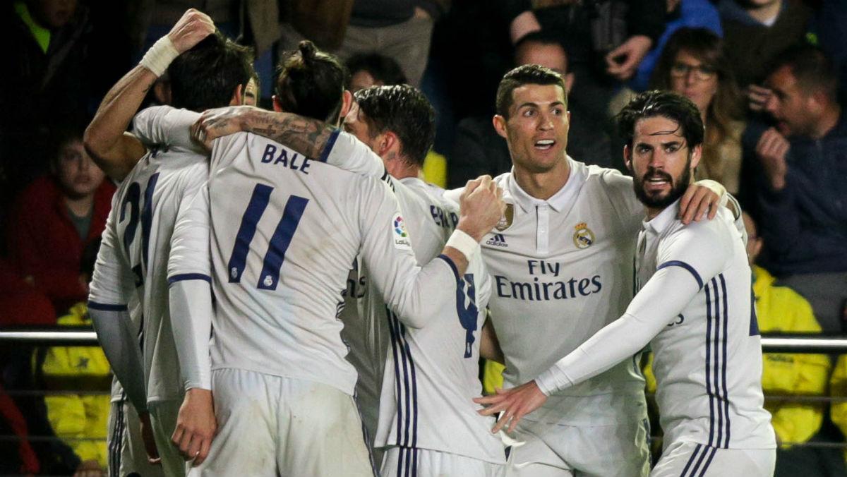 Los jugadores del Real Madrid celebran el 2-3 en Villarreal. (AFP)