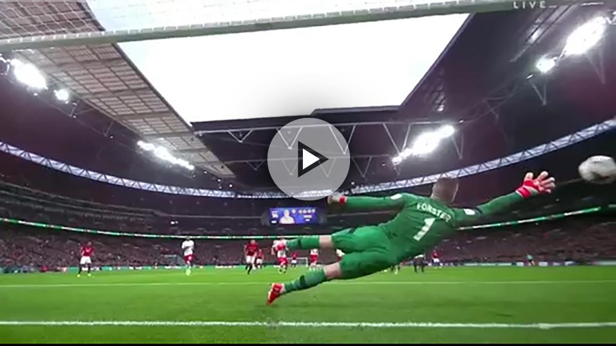 Zlatan Ibrahimovic golpeó el balón por encima de los 100 km/h.