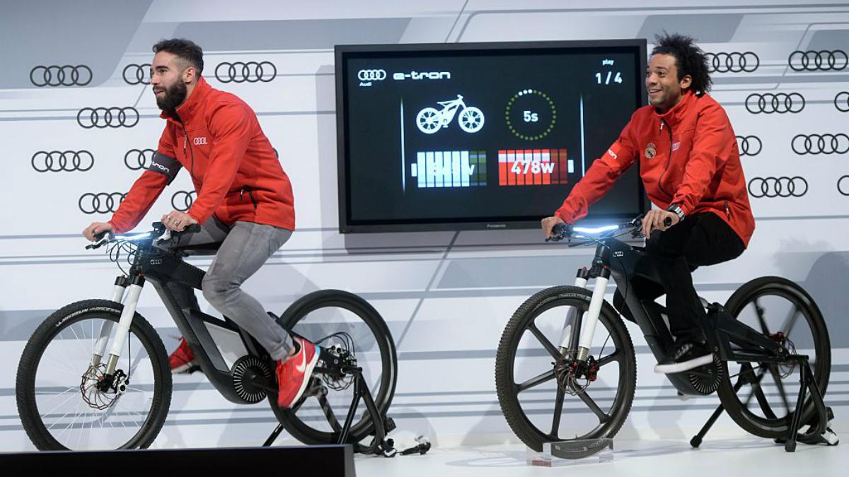 Carvajal y Marcelo, durante un acto promocional. (Getty Images)