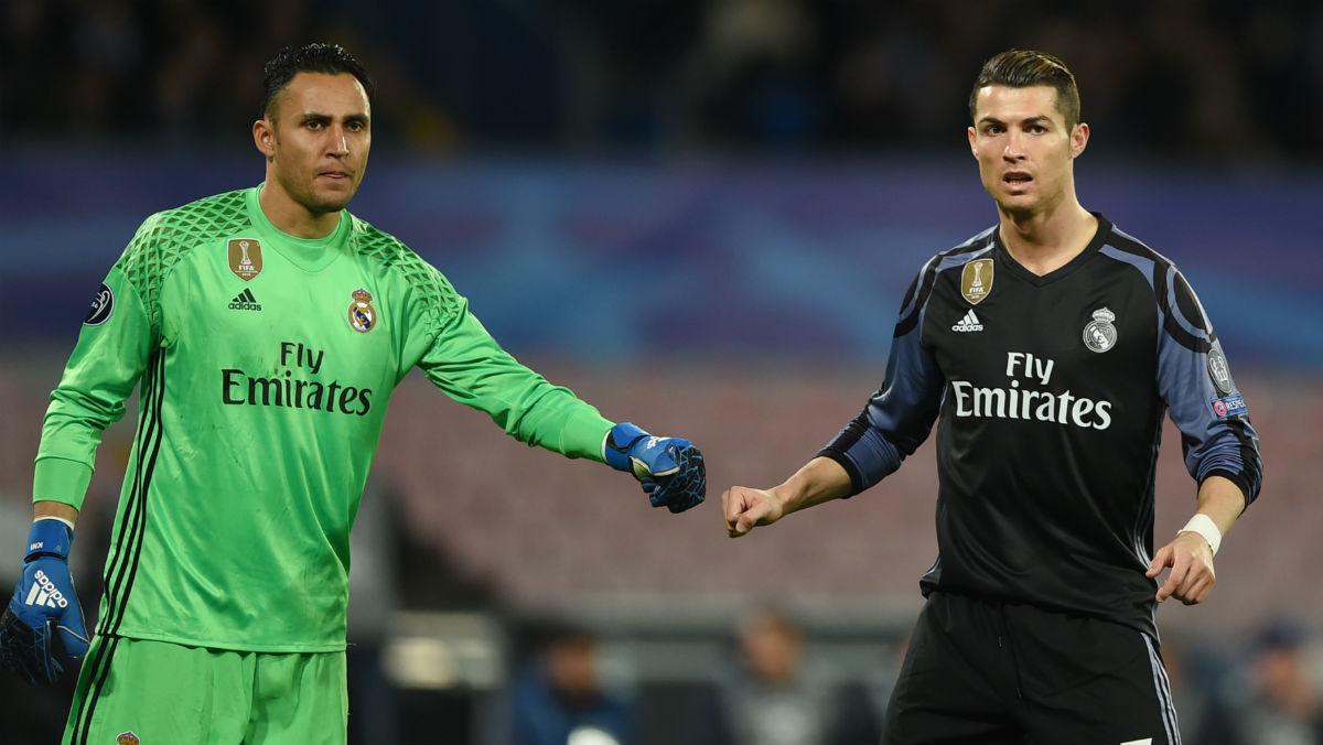 Cristiano y Keylor Navas durante un partido del Real Madrid.