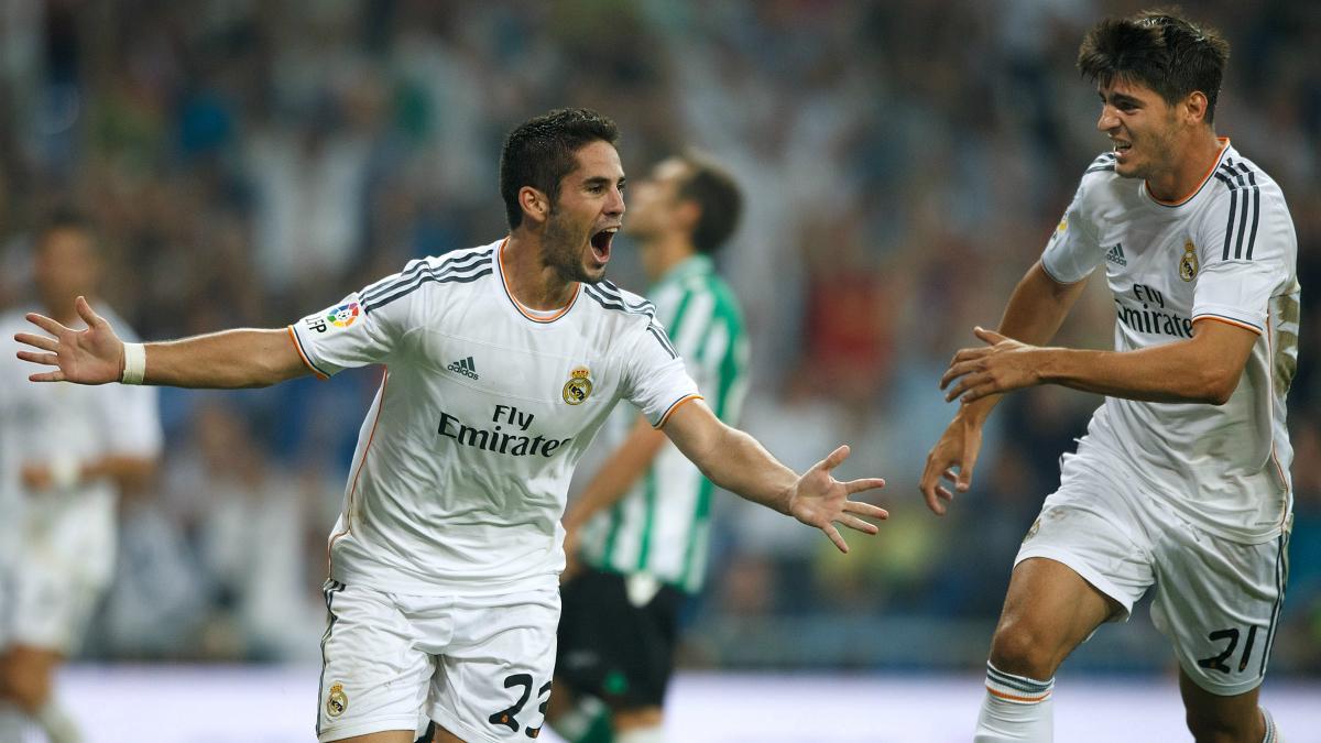 Isco celebra junto a Morata su primer gol como madridista. (Getty)