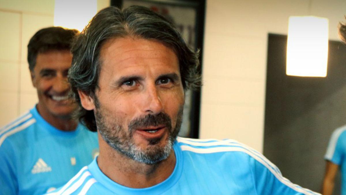 Rafa Alkorta, en una imagen cuando trabajaba para el Olympique de Marsella.