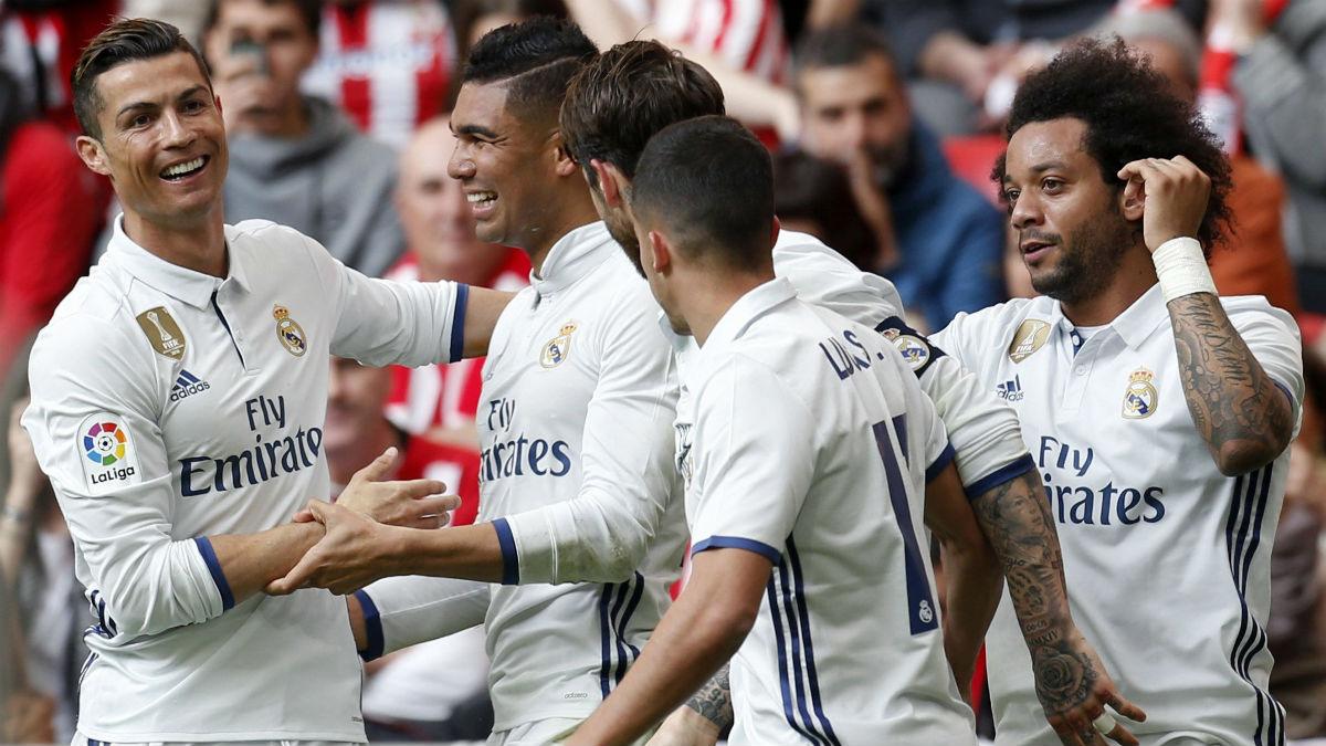 Casemiro celebra el 1-2 del Real Madrid. (EFE)