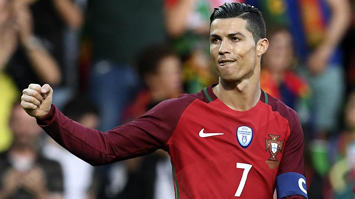 Cristiano Ronaldo celebra su gol en el Portugal-Suecia. (AFP)