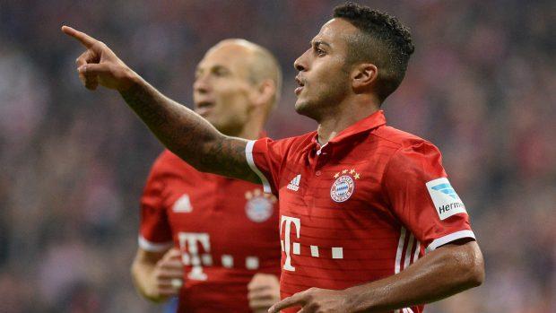 Thiago celebra un tanto con el Bayern. (Getty)
