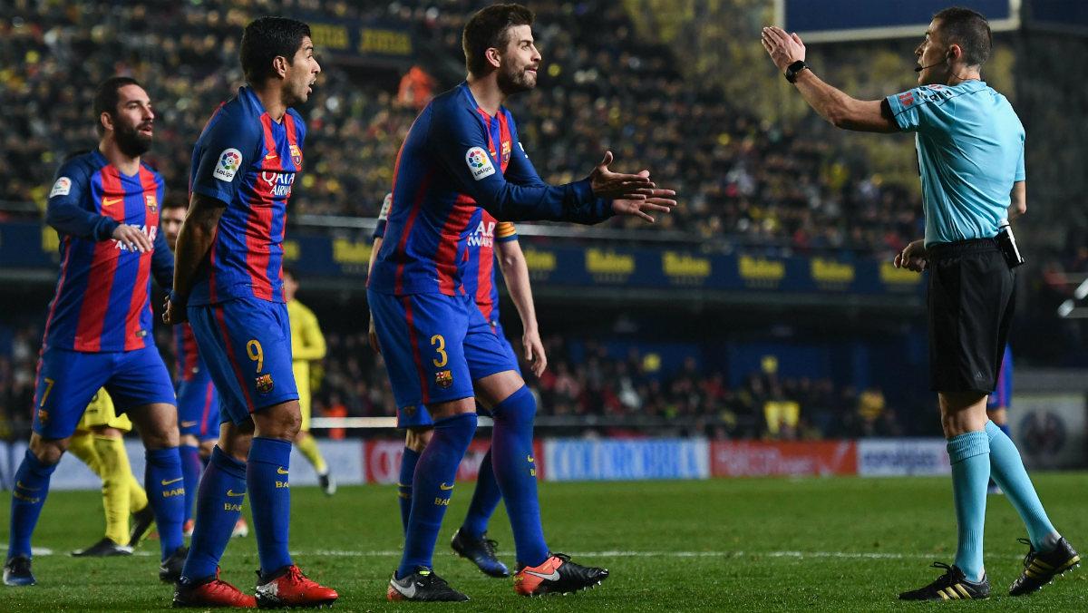 Más de un año sin pitarle un penalti en contra al Barcelona. (Getty)