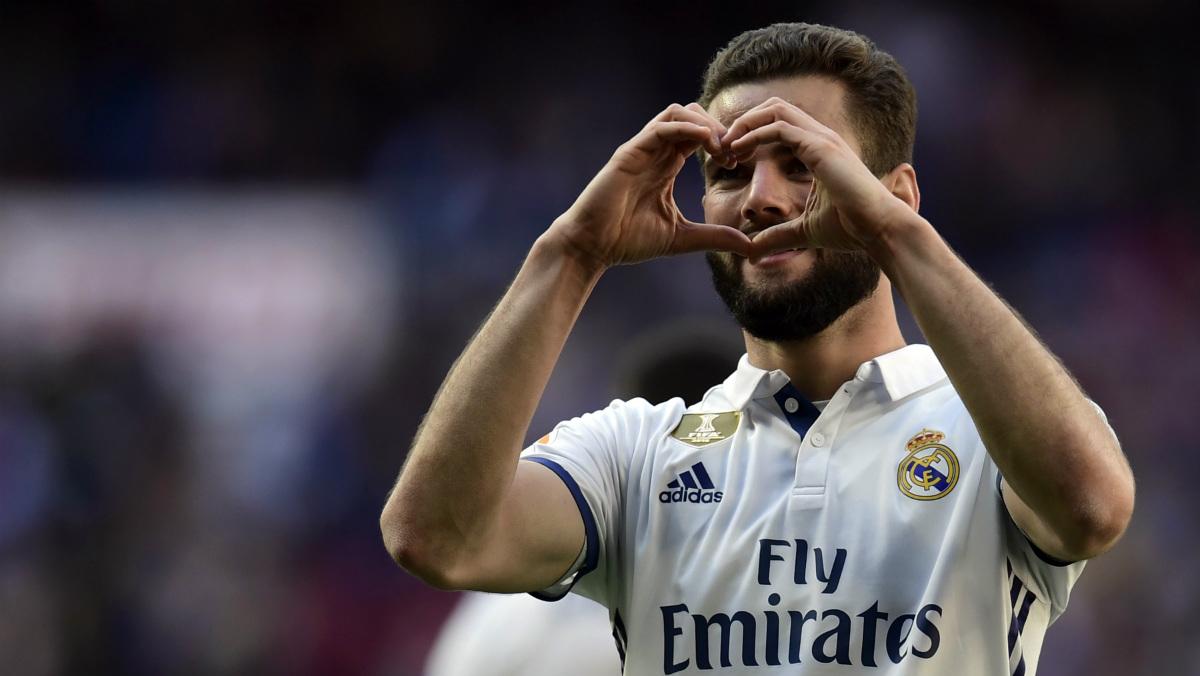 Nacho celebra su gol ante el Alavés. (AFP)