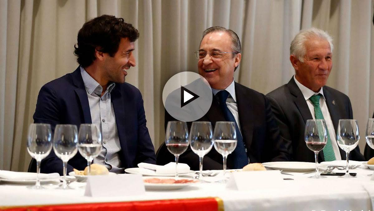 Florentino Pérez y Raúl se ríen durante la comida. (realmadrid.com)