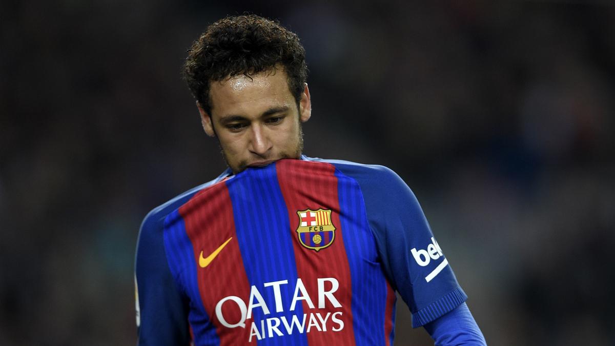 Neymar, en un partido con el Barcelona. (AFP)