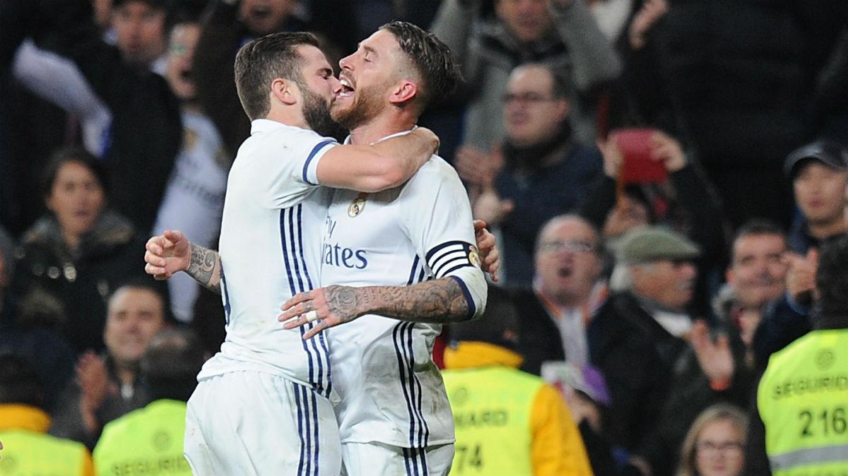 Ramos y Nacho celebran un gol. (Getty)