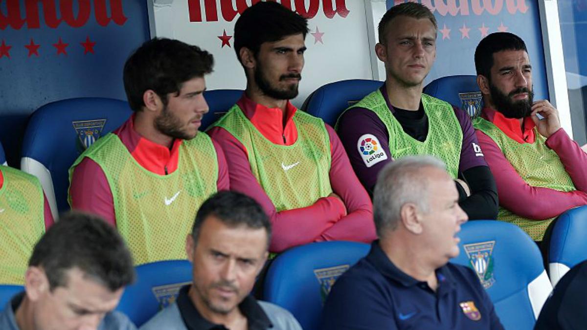 El banquillo del Barça contra el Leganés. (Getty Images)