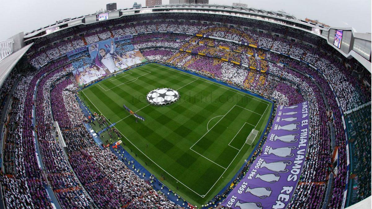 Mosaico en el Santiago Bernabéu en un partido ante la Juventus. (AFP)