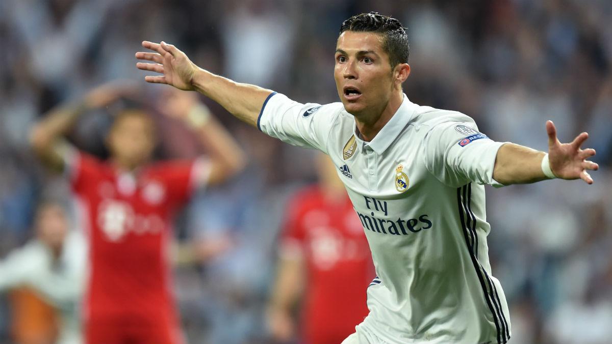 Cristiano Ronaldo celebra uno de sus tres goles ante el Bayern. (AFP)
