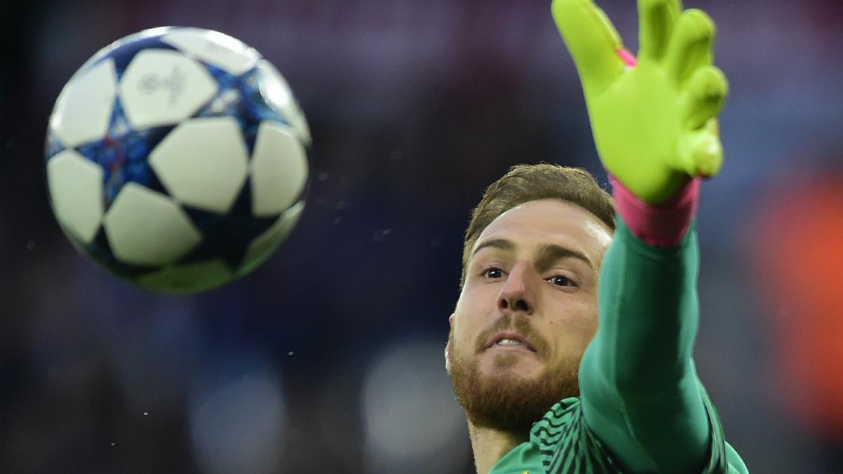 Oblak durante un partido con el Atlético. (AFP)