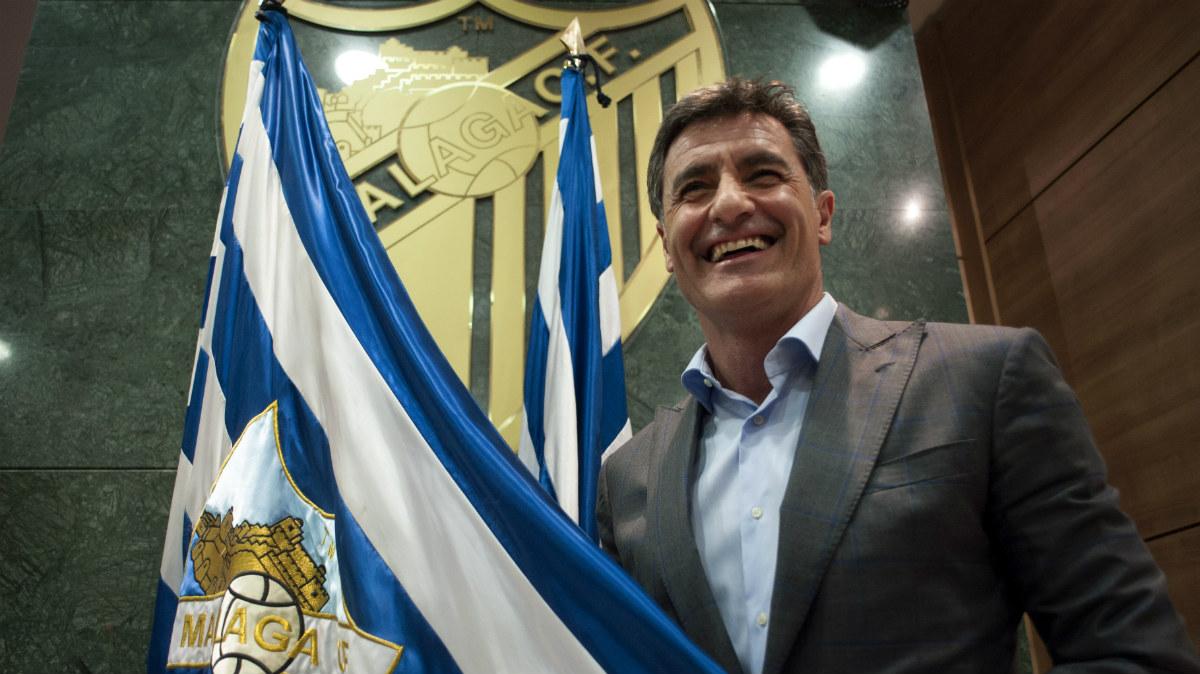 Míchel, en su presentación con el Málaga. (AFP)