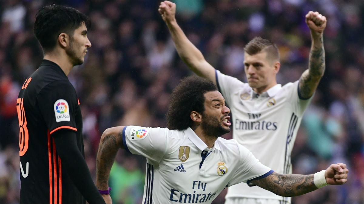 Marcelo celebra con rabia su segundo gol de la temporada en Liga. (AFP)